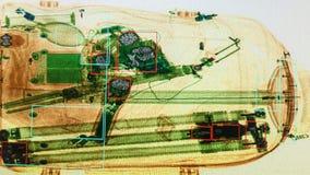 Πραγματική εικόνα ακτίνας X της βαλίτσας στον αερολιμένα απόθεμα βίντεο