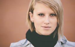 Πραγματική νέα γυναίκα Στοκ φωτογραφία με δικαίωμα ελεύθερης χρήσης