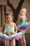 πρακτική των παιδιών μπαλέτου Στοκ φωτογραφία με δικαίωμα ελεύθερης χρήσης