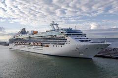 Πριγκήπισσα νησιών σε Civitavecchia Ρώμη ItalyRome, Ιταλία - 28 Σεπτεμβρίου 2015: Άσπρη πριγκήπισσα νησιών σκαφών πορθμείων επιβα Στοκ Εικόνες