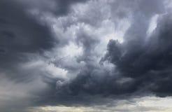 Πριν από τη θύελλα Στοκ εικόνα με δικαίωμα ελεύθερης χρήσης