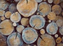 Πριονιστήριο, ξύλινο υπόβαθρο σύστασης, κούτσουρα στοκ φωτογραφίες