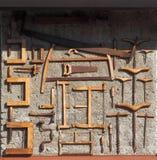 Πριόνια και άλλα αρχαία εργαλεία ξυλουργικής, το χρησιμοποιημένο χρόνο πριν στην ξυλουργική στοκ εικόνες