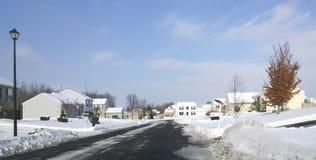 Προαστιακή γειτονιά τον Ιανουάριο Στοκ Εικόνα
