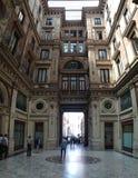 Προαύλιο του γραφικού σπιτιού στη Ρώμη Στοκ Φωτογραφία