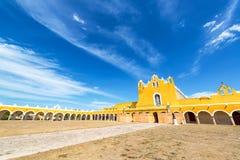 Προαύλιο μοναστηριών Izamal Στοκ Εικόνες