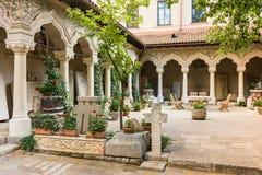 Προαύλιο μοναστηριών Stavropoleos Στοκ εικόνα με δικαίωμα ελεύθερης χρήσης
