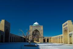 Προαύλιο μουσουλμανικών τεμενών ως μέρος po-ι-Kalyan σύνθετη Μπουχάρα Ουζμπεκιστάν Στοκ εικόνες με δικαίωμα ελεύθερης χρήσης
