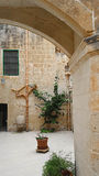 Προαύλιο στη Μάλτα Στοκ Εικόνες