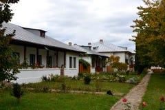 Προαύλιο του μοναστηριού Zamfira Στοκ Εικόνες