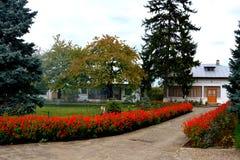 Προαύλιο του ορθόδοξου μοναστηριού Zamfira, Ρουμανία Στοκ Εικόνες