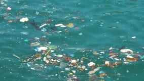 Προβλήματα ρύπανσης θάλασσας απόθεμα βίντεο