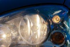 Προβολέας αυτοκινήτων, φω'τα επάνω Στοκ εικόνες με δικαίωμα ελεύθερης χρήσης