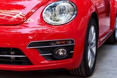 Προβολείς του κόκκινου αυτοκινήτου στοκ εικόνες με δικαίωμα ελεύθερης χρήσης