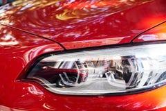 Προβολείς του κόκκινου αυτοκινήτου στοκ φωτογραφίες με δικαίωμα ελεύθερης χρήσης