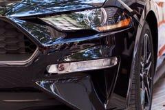 Προβολείς του μαύρου αυτοκινήτου στοκ εικόνα