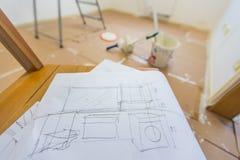 Προγραμματισμός να ανακαινιστεί το σπίτι στοκ εικόνα με δικαίωμα ελεύθερης χρήσης
