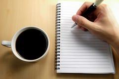 Προγραμματισμός στο άσπρο σημειωματάριο Στοκ εικόνες με δικαίωμα ελεύθερης χρήσης