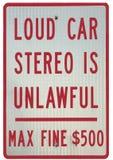 Προειδοποίηση σημαδιών του πρόστιμου για το δυνατό στερεοφωνικό συγκρότημα αυτοκινήτων Στοκ φωτογραφία με δικαίωμα ελεύθερης χρήσης