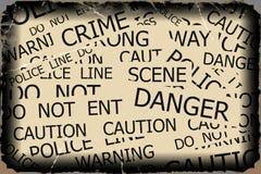 Προειδοποίηση, προσοχή, έγκλημα, σημάδια αστυνομίας Στοκ φωτογραφία με δικαίωμα ελεύθερης χρήσης