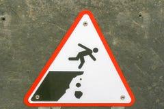 Προειδοποιητικό σημάδι στους απότομους βράχους Mohr Στοκ Φωτογραφίες