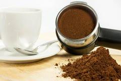 Προετοιμάστε το espresso Στοκ εικόνες με δικαίωμα ελεύθερης χρήσης