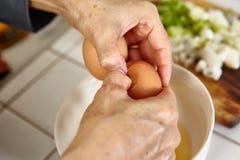 Προετοιμασία του αυγού Στοκ Εικόνες