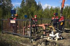 Προετοιμασίες για τη σωλήνωση βαλβίδων πλαϊνών μπαρών Στοκ εικόνα με δικαίωμα ελεύθερης χρήσης
