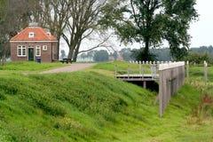 Προηγούμενη κατοικία του φύλακα φάρων στο πρώην νησί Schokland στοκ φωτογραφία με δικαίωμα ελεύθερης χρήσης