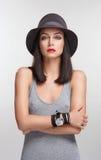 προκλητικές νεολαίες βλαστών μόδας brunette Στοκ φωτογραφία με δικαίωμα ελεύθερης χρήσης