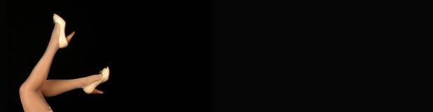 προκλητική γυναίκα ποδιώ&n Στοκ εικόνα με δικαίωμα ελεύθερης χρήσης