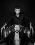 Προκλητικοί μυϊκοί νεαροί άνδρες Στοκ φωτογραφία με δικαίωμα ελεύθερης χρήσης
