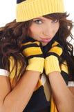 προκλητικός χειμώνας φθοράς καπέλων κοριτσιών Στοκ εικόνα με δικαίωμα ελεύθερης χρήσης