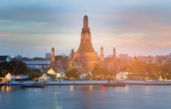 Προκυμαία ορόσημων Arun Μπανγκόκ Ταϊλάνδη Wat Στοκ Εικόνα