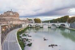 Προκυμαία του ποταμού Tiber, Castel του αγγέλου του ST Στοκ Εικόνες