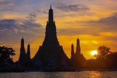 Προκυμαία Prang Wat Arun Phra Στοκ φωτογραφία με δικαίωμα ελεύθερης χρήσης