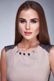 Προκλητική γυναίκα ύφους μόδας ιματισμού φορεμάτων ομορφιάς makeup Στοκ εικόνες με δικαίωμα ελεύθερης χρήσης