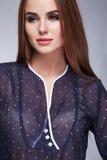Προκλητική γυναίκα ύφους μόδας ιματισμού φορεμάτων ομορφιάς makeup Στοκ εικόνα με δικαίωμα ελεύθερης χρήσης