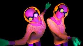 Προκλητικός χορευτής πυράκτωσης νέου UV Στοκ Εικόνες