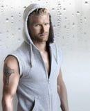 Προκλητικό νέο αρσενικό πρότυπο Στοκ φωτογραφία με δικαίωμα ελεύθερης χρήσης