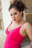Προκλητικό όμορφο brunete νέο γυναικείο ενήλικο θηλυκό κοριτσιών γυναικών μέσα για Στοκ Φωτογραφία
