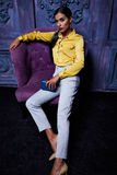 Προκλητικό ύφος μόδας επιχειρησιακών κομμάτων συλλογής κοστουμιών φορεμάτων γυναικών Στοκ φωτογραφία με δικαίωμα ελεύθερης χρήσης