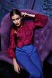 Προκλητικό ύφος μόδας επιχειρησιακών κομμάτων συλλογής κοστουμιών φορεμάτων γυναικών Στοκ Φωτογραφίες
