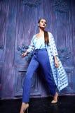 Προκλητικό ύφος μόδας επιχειρησιακών κομμάτων συλλογής κοστουμιών φορεμάτων γυναικών Στοκ Εικόνα