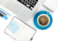 Προμήθειες φλυτζανιών και γραφείων καφέ στοκ φωτογραφία