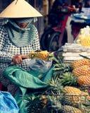 Προμηθευτής φρούτων σε Hoi στοκ εικόνες