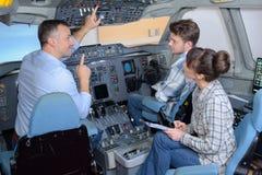 Προνόμιο για να είναι εσωτερική καμπίνα αεροπλάνων ` s στοκ εικόνα με δικαίωμα ελεύθερης χρήσης