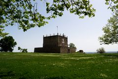 Προοπτική του πύργου Managem του Castle Abrantes, Πορτογαλία στοκ εικόνες