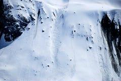 Προς τα κάτω κάνοντας σκι στον παγετώνα Στοκ Φωτογραφία