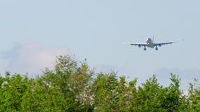 Προσέγγιση airbus A330 φορτίου αερογραμμών Χονγκ Κονγκ φιλμ μικρού μήκους
